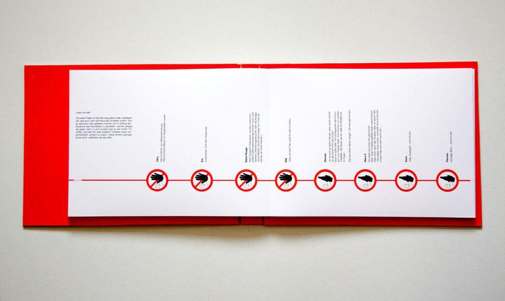 Editorial Design.Typografie. Leporello mit Infografiken mit Illustrationen.