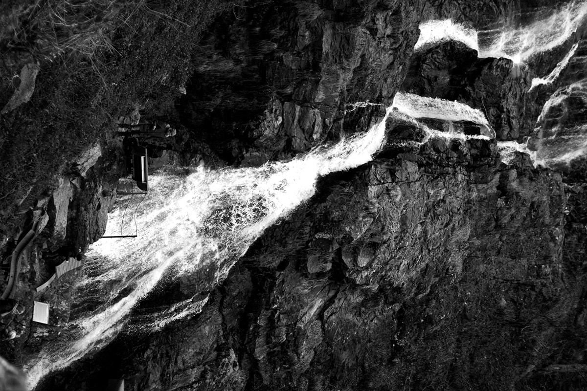 Fotografie. Foto von dem Wasserfall im Schwarzwald.